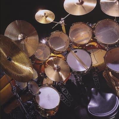 Hal Leonard Progressive Independence: Rock A Comprehensive Guide to Basic Rock and Funk Drumming