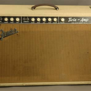 """Fender Twin 6G8-A 80-Watt 2x12"""" Guitar Combo 1961 - 1963"""