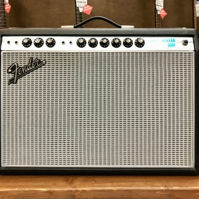 Fender '68 Custom Deluxe Reverb Guitar Combo Silver and Blue