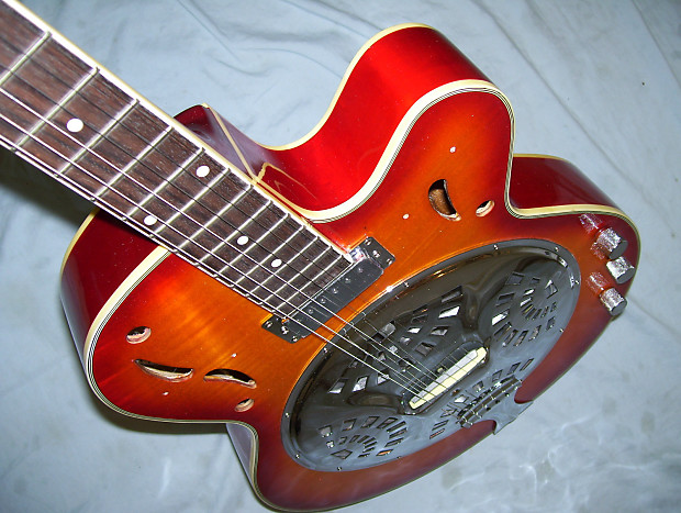 Resonator Guitar With Maple Wood Body Reverb
