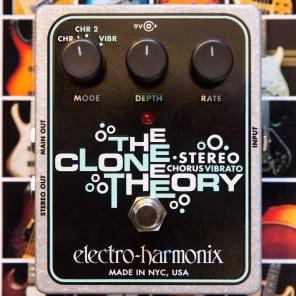 Electro-Harmonix Clone Theory Chorus/Vibrato