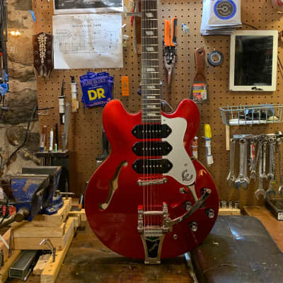 Epiphone Riviera P-93 with video