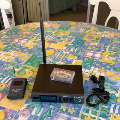 Carvin EM900 IEM Wireless In-Ear Monitor System 518-542MHz Open Box