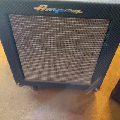 """Ampeg Rocket Bass Model B-100R 100-Watt 1x15"""" Bass Combo"""