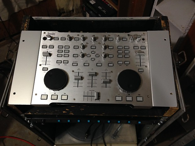 RACK MOUNTING KIT FOR DJ CONSOLE RMX
