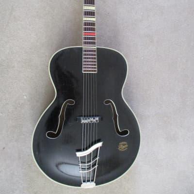 Hoyer Herr im Frack 1950s Black for sale