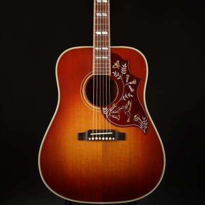 Gibson Montana Hummingbird Vintage 2019 - Heritage Cherry Sunburst