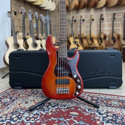 Fender American Deluxe P Bass V 2003 for sale