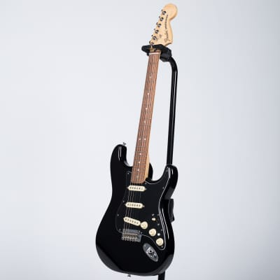 Fender Deluxe Stratocaster - Pau Ferro, Black for sale