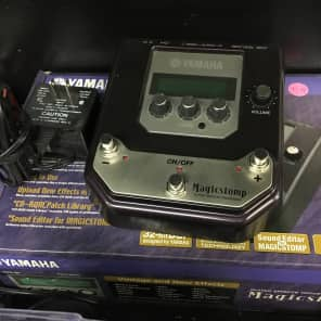 Yamaha MagicStomp UB99 Stereo Multi-Effect Pedal