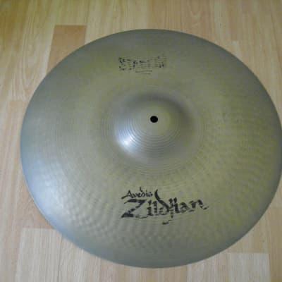 "18"" Avedis Zildjian Stadium Cymbal 1805g Warped and Flexible"
