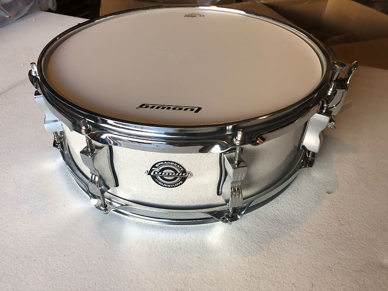 ludwig breakbeats 14 x 5 snare drum 2019 white sparkle with reverb. Black Bedroom Furniture Sets. Home Design Ideas