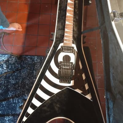 LIKE NEW: 2008 Jackson Randy Rhoads RR5FR Bullseye (neck-thru) for sale