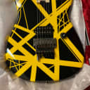 EVH Striped Series 2020 Black/Yellow (NEW LAST ONE IN STOCK)