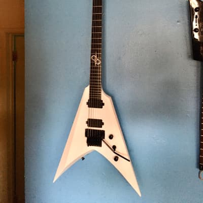 Solar V Electric Guitar w/ Floyd Rose. Limited Edition. Ola Englund Washburn Parallaxe for sale