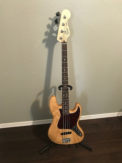 fender special edition deluxe ash jazz bass review