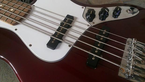 fender 5 string jazz bass mim burgundy reverb. Black Bedroom Furniture Sets. Home Design Ideas