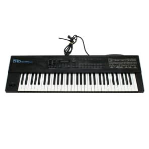 Roland D-10 61-Key Multi-Timbral Linear Synthesizer