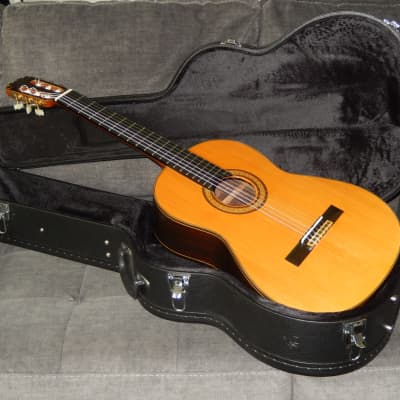 MADE IN 1973 BY E.KODAIRA - ECOLE E300 - TRULY AMAZING  CLASSICAL CONCERT GUITAR for sale