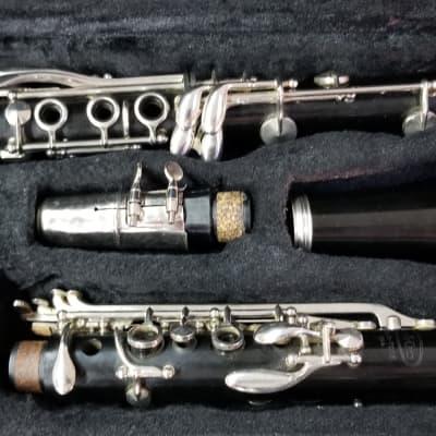 Vito Reso-Tone Clarinet w/Case (used)*