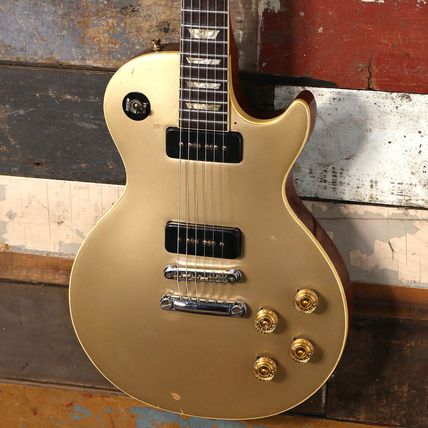 1970 s gibson les paul deluxe gold 1971 1974 Deluxe Gold Top Gibson
