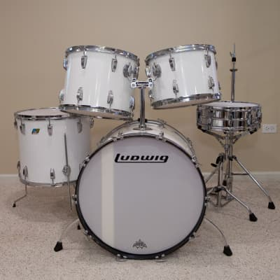 Ludwig Vintage Custom Drum Kit, Late 70s, 6-ply Maple/Poplar, White Cortex, B/O Badges with extras