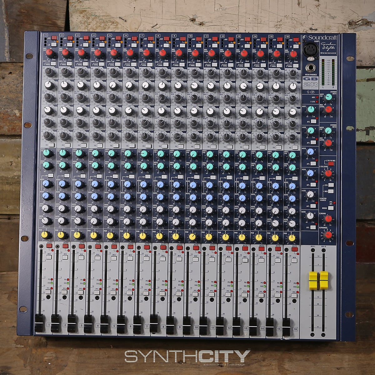 Soundcraft GB2R 16 Channel Rackmount Mixer
