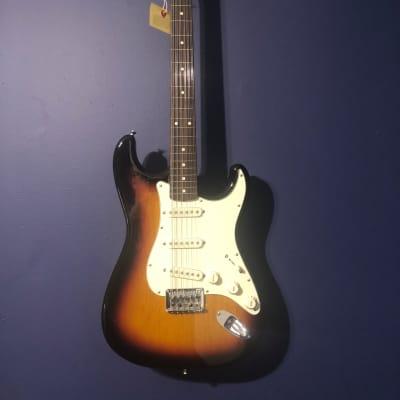 Fender FSR Traditional Stratocaster XII 2018 12 String 3-Color Sunburst MIJ