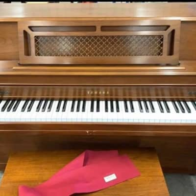 Yamaha Upright Piano Model # M304 in Johnstown Pa *See Video*