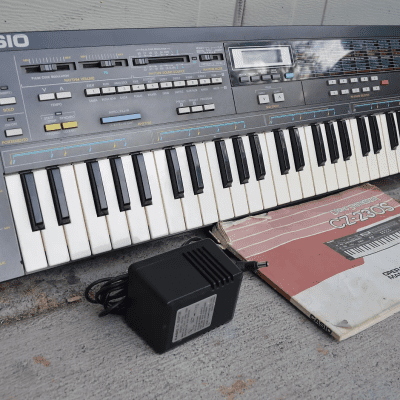 Casio CZ-230S 61-Key Digital Preprogrammed Synthesizer