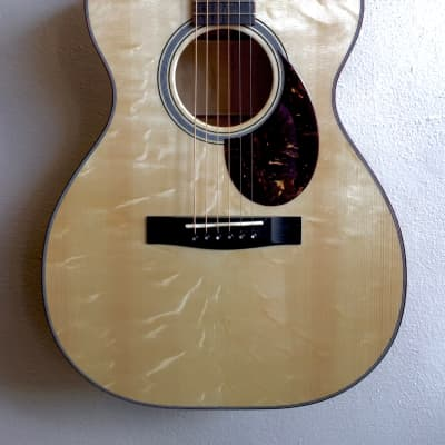Huss and Dalton T-OO14 Avodire Satinwood and Italian Spruce Bearclaw for sale