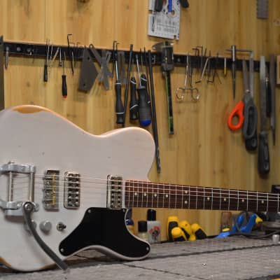 Nystrum Guitars LaBella 2016 Mary Kay White Aged for sale
