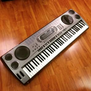 Casio WK-1630 76-Key Touch-Sensitive Portable Keyboard