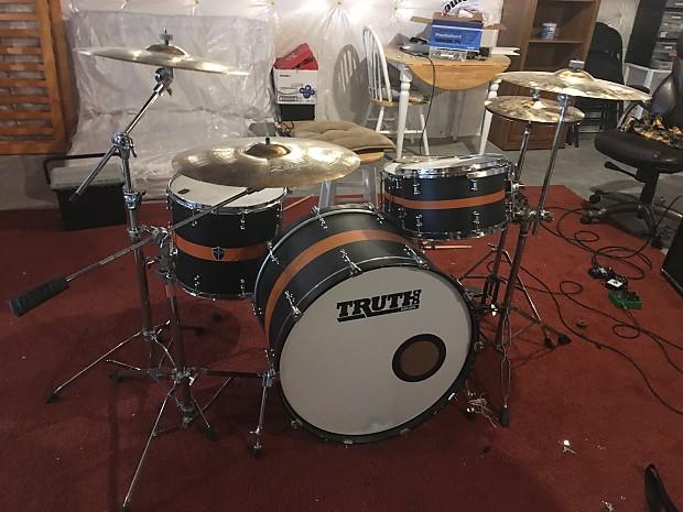 Truth Custom Drums aaron gillespie signature kit Matte black with orange  stripe