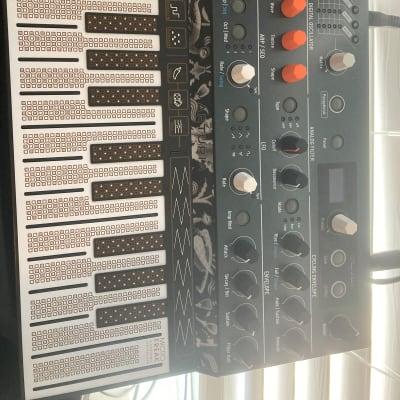 Arturia MicroFreak Algorithmic Synthesizer
