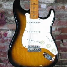 Fender '57 Reissue Stratocaster 1995 2 Color Sunburst image