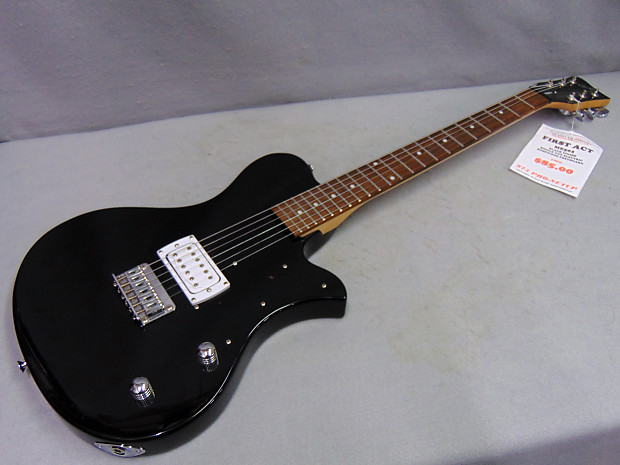 Description Policies You Are Viewing A First Act Me502 Electric Guitar In Black
