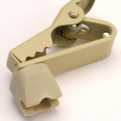 Shure RPM502 Swiveling Lapel Clips and Dual Tie Clips for WL50 or WL51 Mics, 2 Pack of Each, Tan