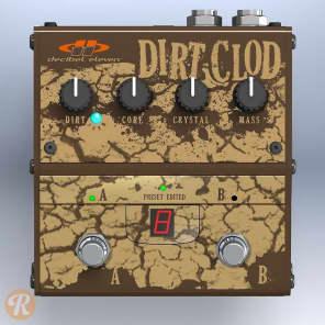 Decibel 11 Dirt Clod