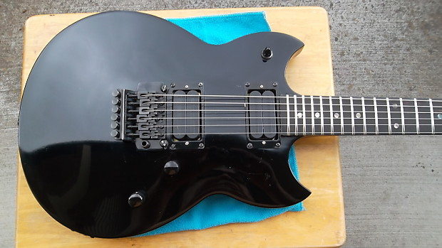 80 S Yamaha Sbg 1300ts Electric Guitar Very Good Shape W