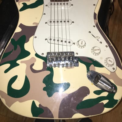 Mahar Stratocaster Style, Camouflage electric guitar for sale