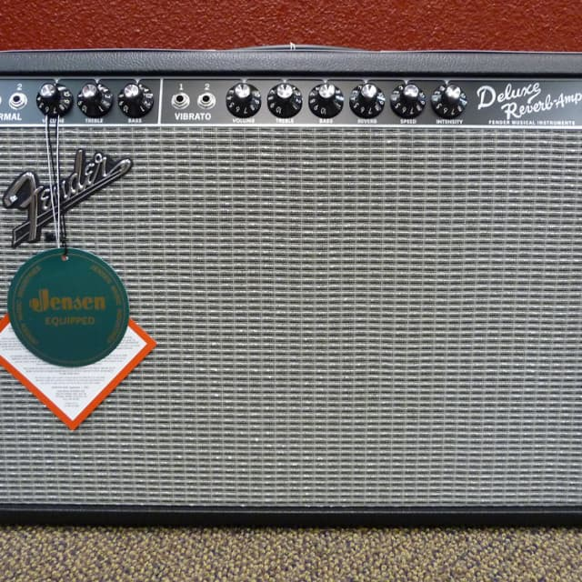Fender '65 Deluxe Reverb Reissue 22 Watt Tube Amplifier image