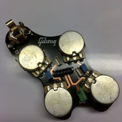 Superb Gibson Usa Oem Switchcraft 3 Way Flat Toggle Wiring Black Tip Reverb Wiring Cloud Pendufoxcilixyz