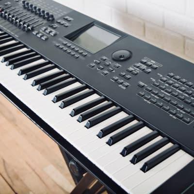 Yamaha MOTIFXF6WH Motif XF6 XF-6 WH White Synth Synthesizer