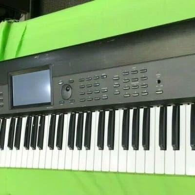 Korg KROME 73-Key Synthesizer Workstation Missing a Key but Works