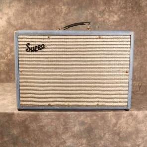 "Supro Model 24 18-Watt 1x12"" Guitar Combo with Tremolo"