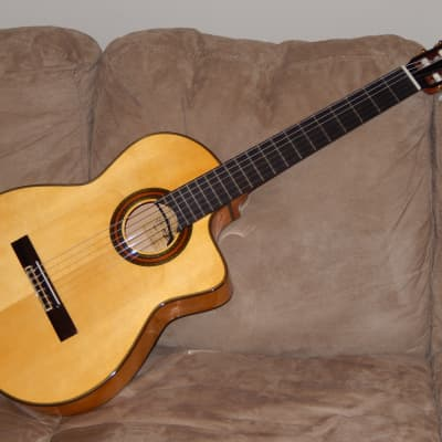 WONDERFUL ARIA A120 FCWE FLAMENCO GUITAR WITH CUTAWAY AND SHADOW ELECTRONICS for sale