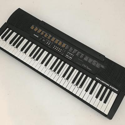 Casio CTK-520L 61-Key Keyboard