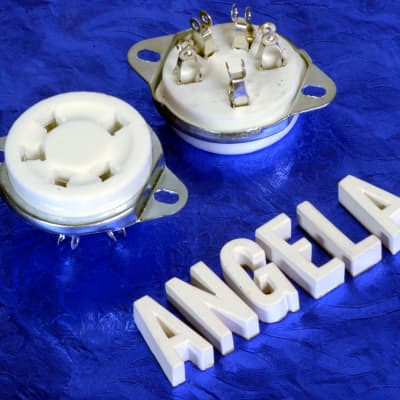 Two 5 Pin White Ceramic And Nickel Silver Top Chassis Mount Tube Socket For 807 And Similar Tubes