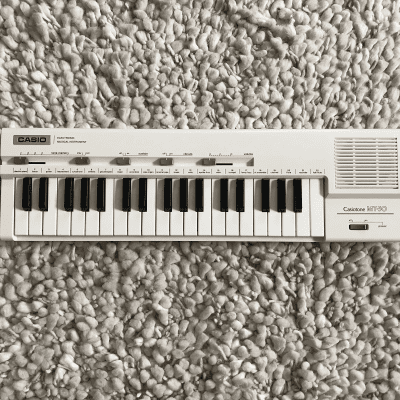 Casio MT-30 Casiotone 37-Key Synthesizer